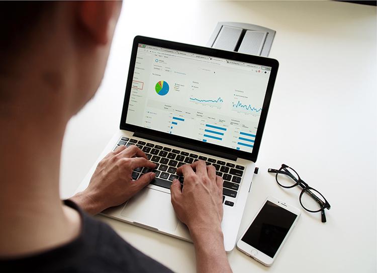 analytics-insights-report